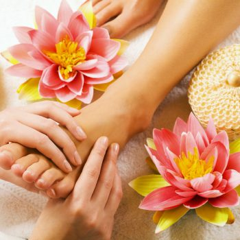 calming-foot-massage